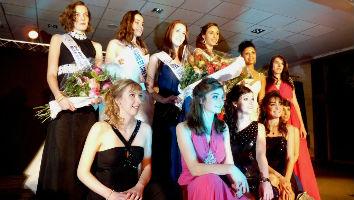 Election Miss Maine-et-Loire 2013 et ses dauphines